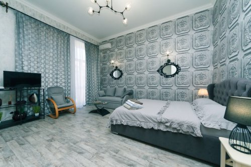 Rent luxury studio apartment in Kiev at Baseina 12