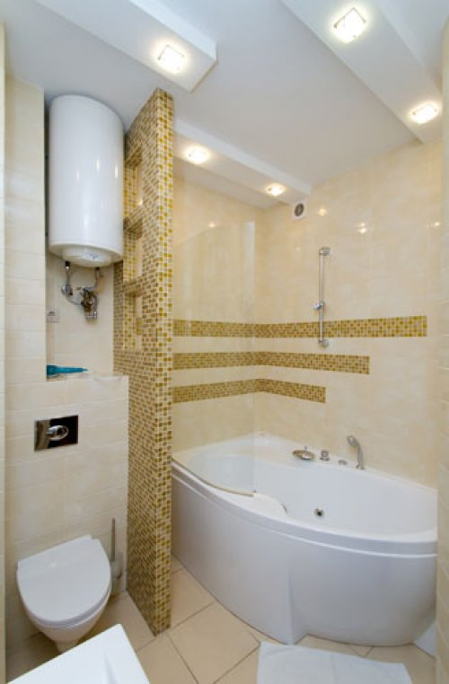 Rent lux 1 bedroom apartment in Kiev at Baseina 17 with Jacuzzi