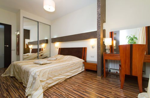 Rent lux 1 bedroom modern apartment in Kiev at Baseina 17