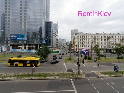 Rent luxury apartment in Kiev at 17 Basseynaya St.