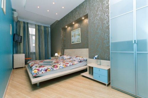 Rent luxury 1 bedroom apartment in Kiev at Baseina 3 near main street