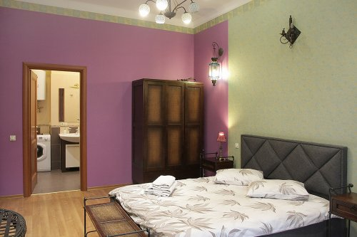 Rent VIP 1 bedroom apartment in Kiev at Baseina 5a Gulliver