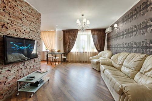 Rent luxury 1 bedroom apartment in Kiev at Baseina 11 with design