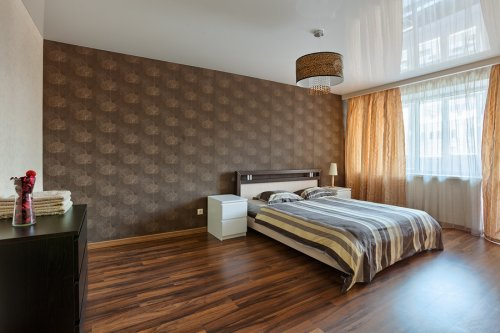 Rent luxury 1 bedroom apartment in Kiev at Baseina 11 near Khreschatyk