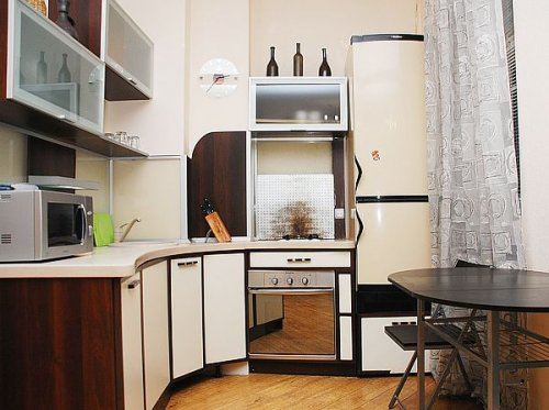 Rent 1 bedroom luxurious apartment in Kiev at Antonovycha 25