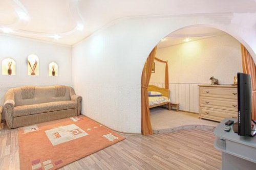 Rent 1 bedroom apartment in Kiev at Hospitalna 2 near Arena City