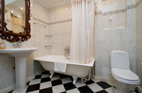 Rent 1 bedroom lux apartment in Kiev at Hrinchenka 4 Independence square