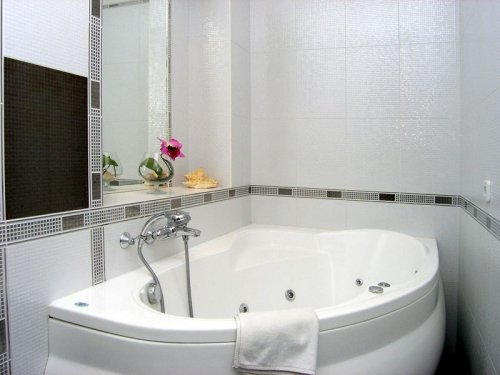 Rent luxury 1 room studio apartment in Kiev at Bohdana Khmel'nyts'koho 32 near German embassy