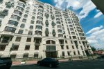 Rent 2 bedroom vip apartment in Kiev at 5 Irynynska St. Maidan