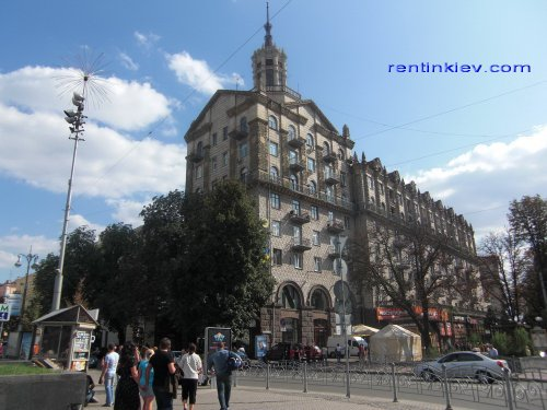 Rent luxury apartment in Kiev at 13 Kreshchatik St.