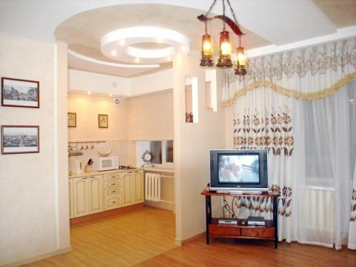 Rent 1room studio apartment in Kiev at Lesi Ukrainky 20