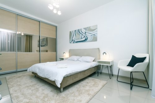 Rent modern apartment in Kiev at Lesi Ukrainky 6 stylish bedroom