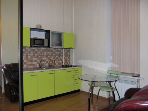 Rent studio apartment in Kiev at Mykhailivs'kyi lane 9-b Maidan