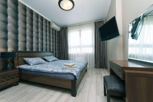 Rent luxury 3 room apartment in Kiev Shota Rustaveli 44 nice bedroom