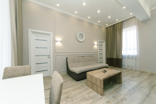 Rent luxury 2 bedroom apartment in Kiev with view on Sofiivska 1 Maidan