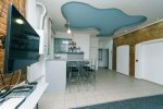 Rent 3-bedroom apartment in Kiev at 8 Sofiyevskaya St. Maidan