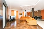 Rent 2 bedroom luxury apartment in Kiev at 14 Tarasovksaya St.