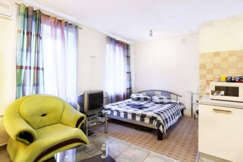 Rent luxury 1 room studio apartment in Kiev at Baseina 10 Arena City