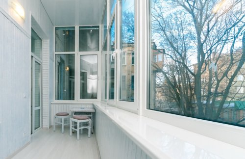 Rent luxury 1 bedroom apartment in Kiev at 9 Kostelna St.